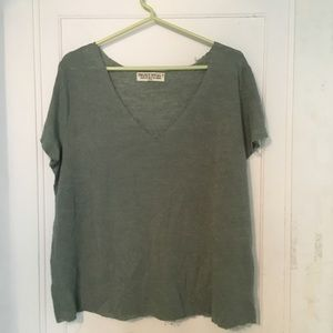 Urban Outfitters project social t green medium